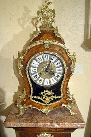 20th century French style marquetry mantel clock