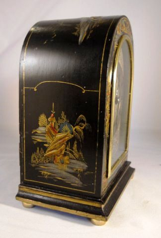 Small mantel clock in decorated chinoiserie case - side