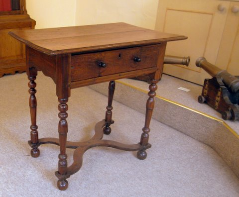 Click here to see more detail of a William and Mary oak and pear wood side table